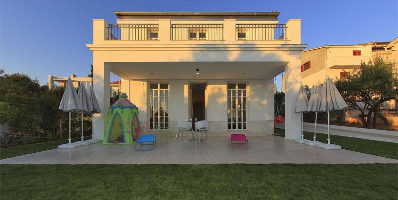 Der Bau dieser Villa erfolgt in einer hochwertigen Ausführung