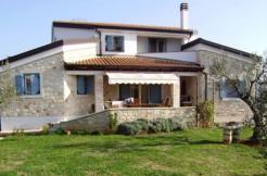 Istrisches Steinhaus in Novigrad