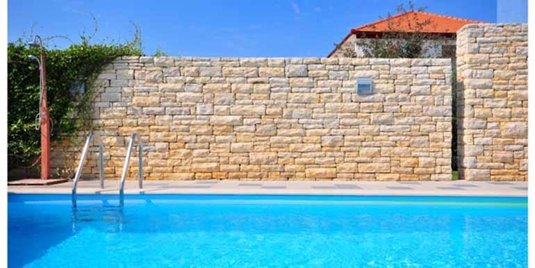 Schön eingerichtetes Haus in attraktiver Lage (4)