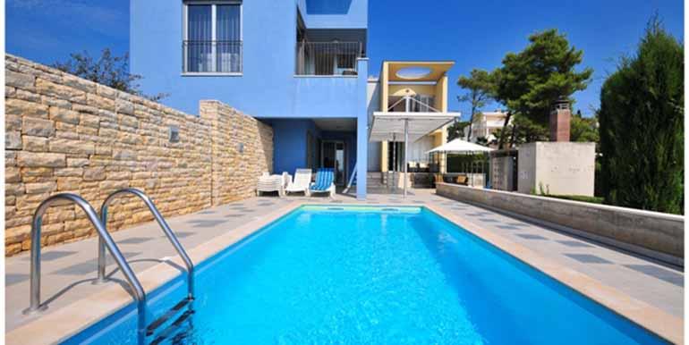 Schön eingerichtetes Haus in attraktiver Lage (5)