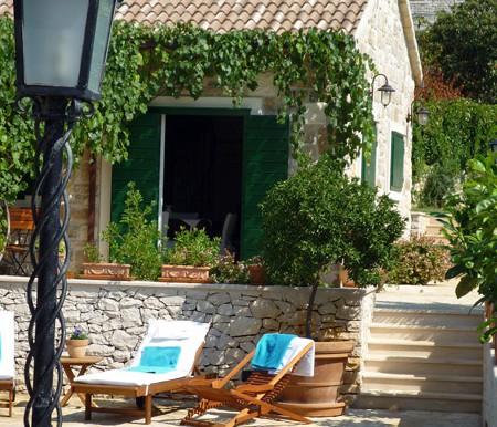 Schöne Steinvilla auf der Insel Brac  (8)