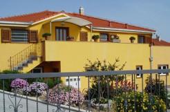 Sonnige Villa in Kastel Gomilica
