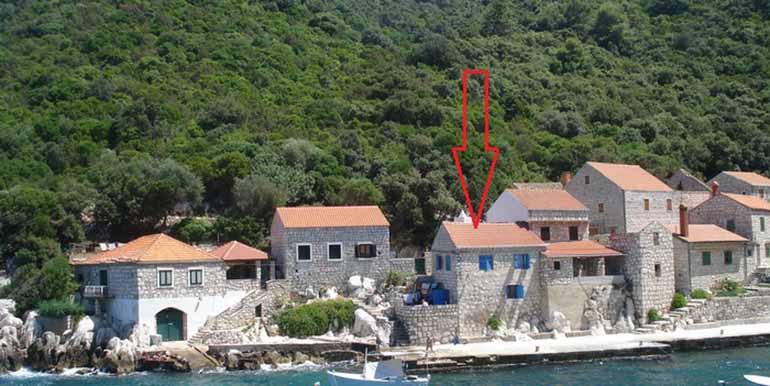 Steinhaus in der Nähe von einem kleinen Fischerdorf (13)