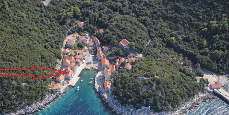 Steinhaus in der Nähe von einem kleinen Fischerdorf (23)