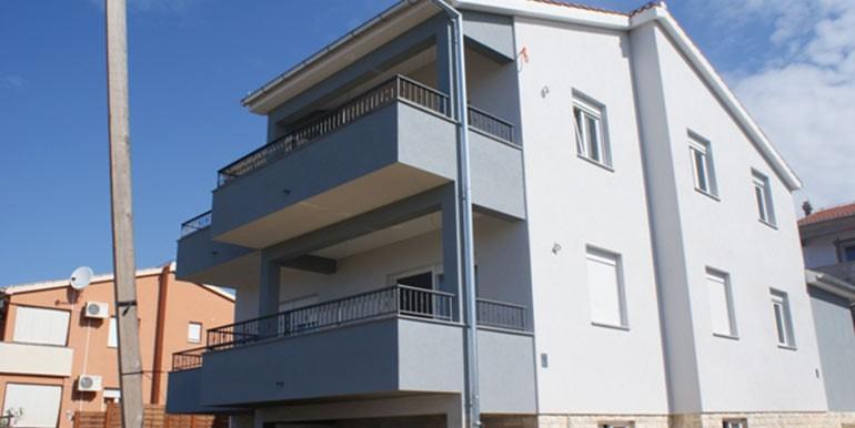 Attraktives-Haus-mit-wunderschönem-Blick-auf-das-Meer.-(14)