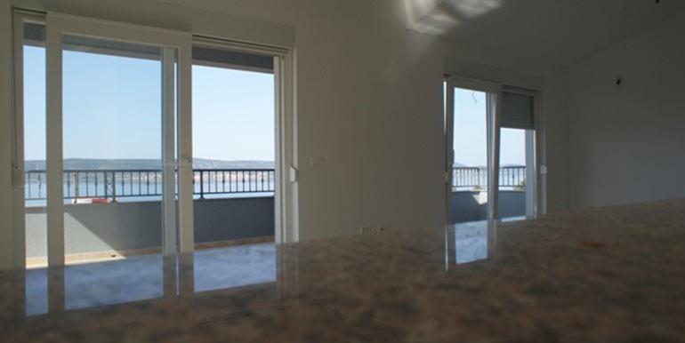 Attraktives-Haus-mit-wunderschönem-Blick-auf-das-Meer.-(4)