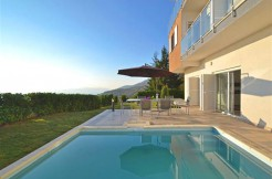 Familienhaus mit Pool in Poljana