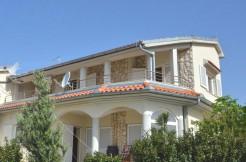Haus-mit-Meerblick-in-Novi-Vinodolsk