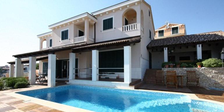 Schöne Villa in der Nähe von Trogir  (10)