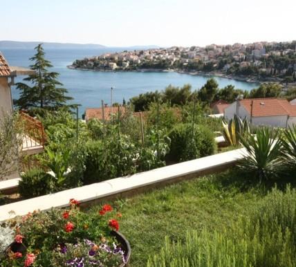 Schöne Villa in der Nähe von Trogir  (14)