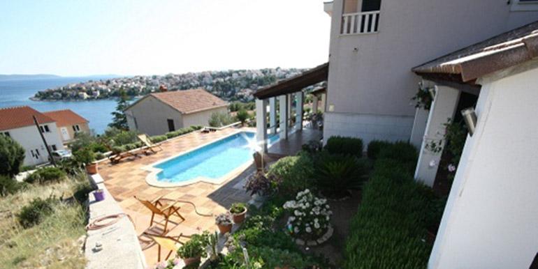 Schöne Villa in der Nähe von Trogir  (7)