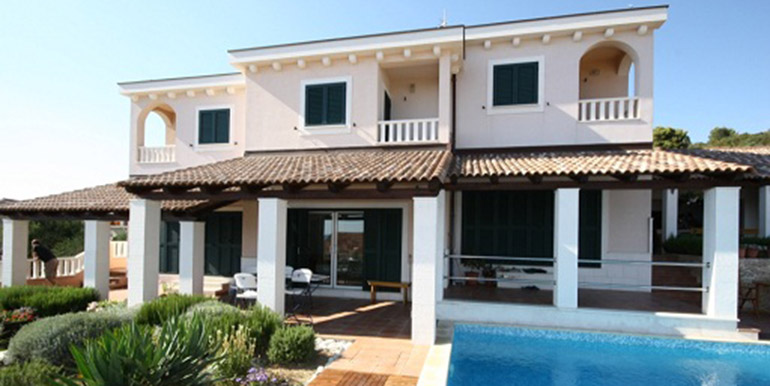 Schöne Villa in der Nähe von Trogir  (8)