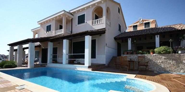 Schöne Villa in der Nähe von Trogir  (9)