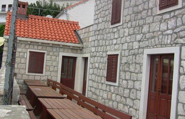 Steinhaus-in-die-Nähe-von-Dubrovnik-(13)