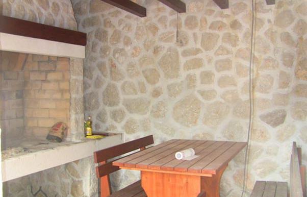 Steinhaus-in-die-Nähe-von-Dubrovnik-(15)