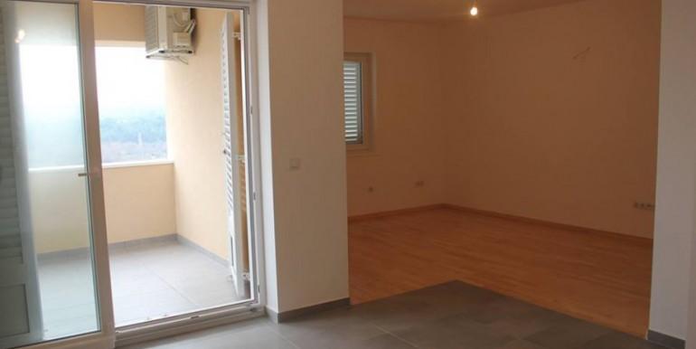Wohnung in Posedraje (1)