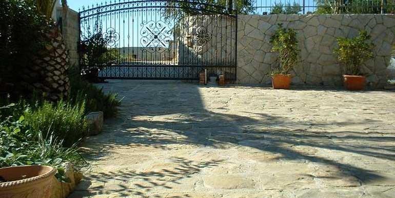 Wunderschöne-Villa-mit-Pool-in-der-Nähe-von-Split-(11)