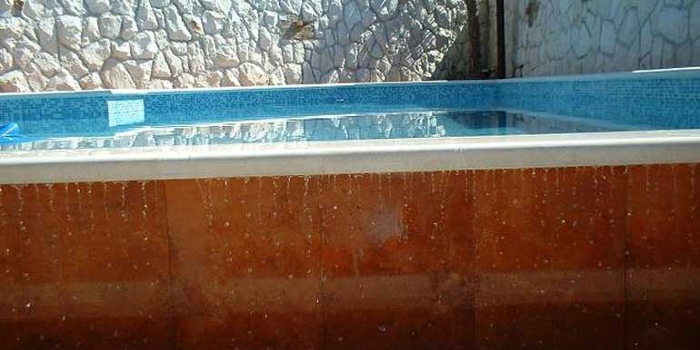 Wunderschöne-Villa-mit-Pool-in-der-Nähe-von-Split-(4)