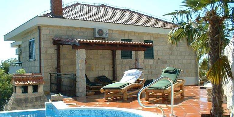 Wunderschöne-Villa-mit-Pool-in-der-Nähe-von-Split-(7)
