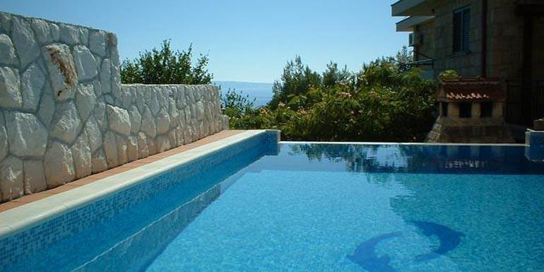 Wunderschöne-Villa-mit-Pool-in-der-Nähe-von-Split-(9)