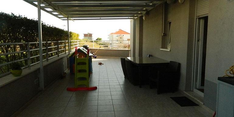 Dreizimmer-Wohnung-in-Znjan-(5)