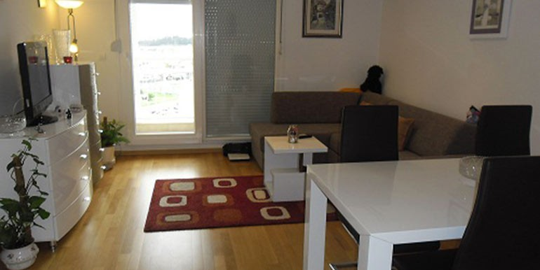 Neu-eingerichtete--einzimmer-Wohnung-in-Split--(6)