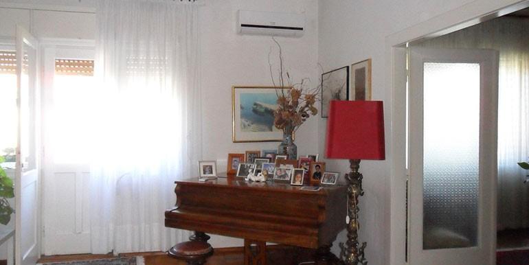 Schöne-Wohnung-im-Zentrum-von-Split-(6)