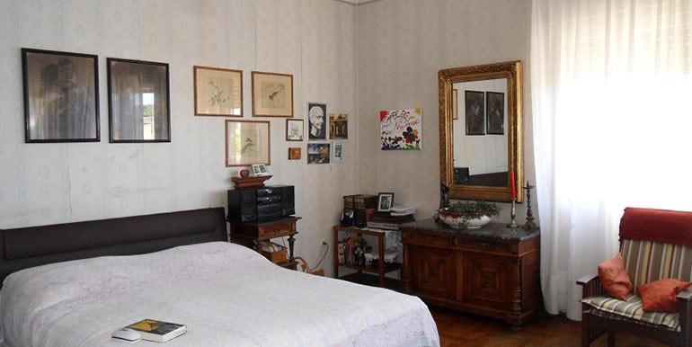 Schöne-Wohnung-im-Zentrum-von-Split-(9)