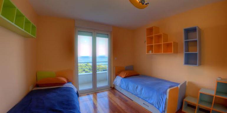 Wohnung-mit-Meerblick-in-der-Nähe-von-Split-(3)