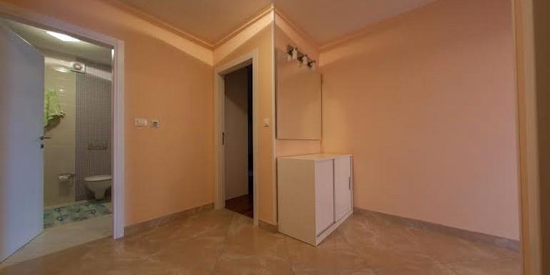 Wohnung-mit-Meerblick-in-der-Nähe-von-Split-(4)